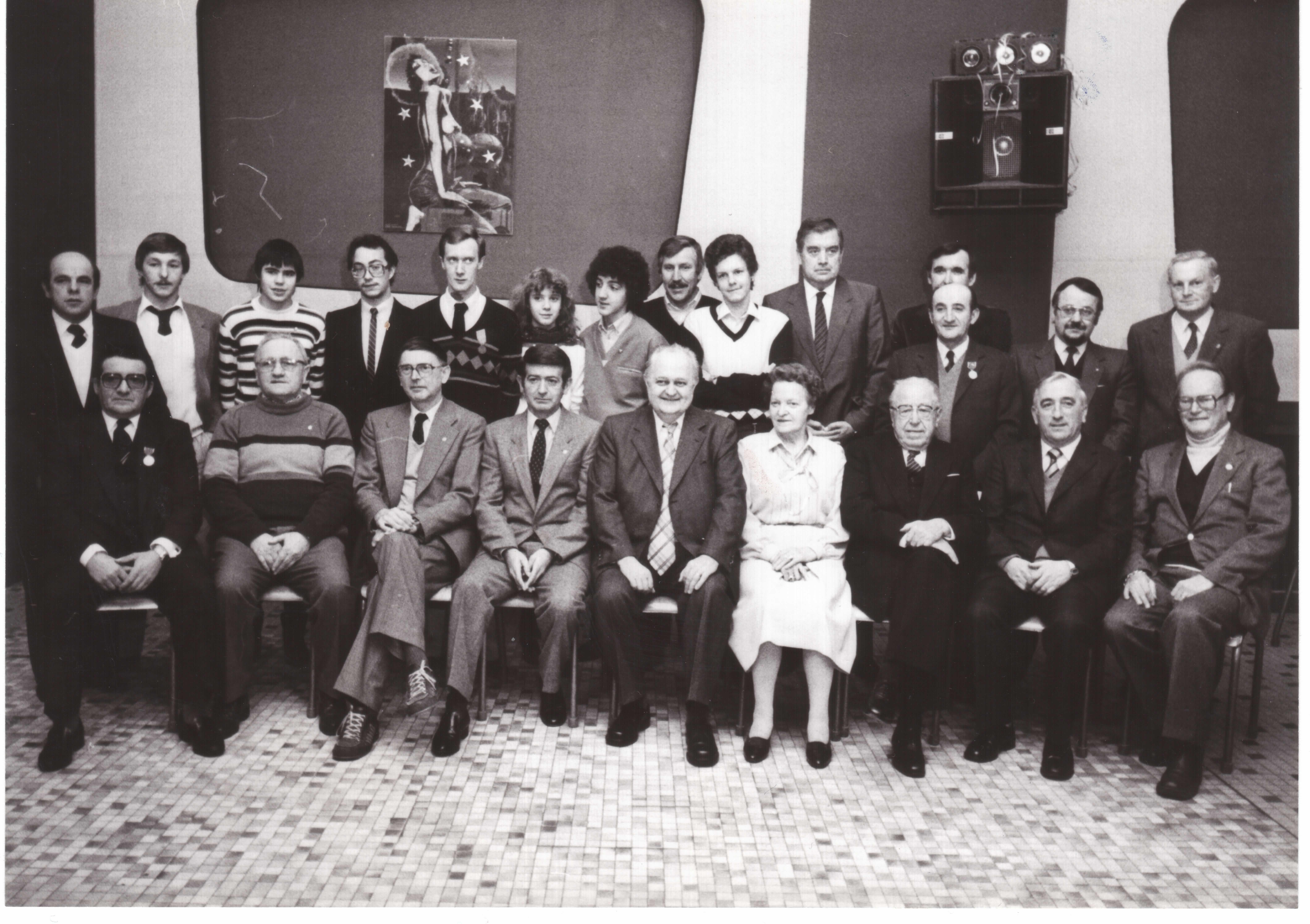 20-02-1983
